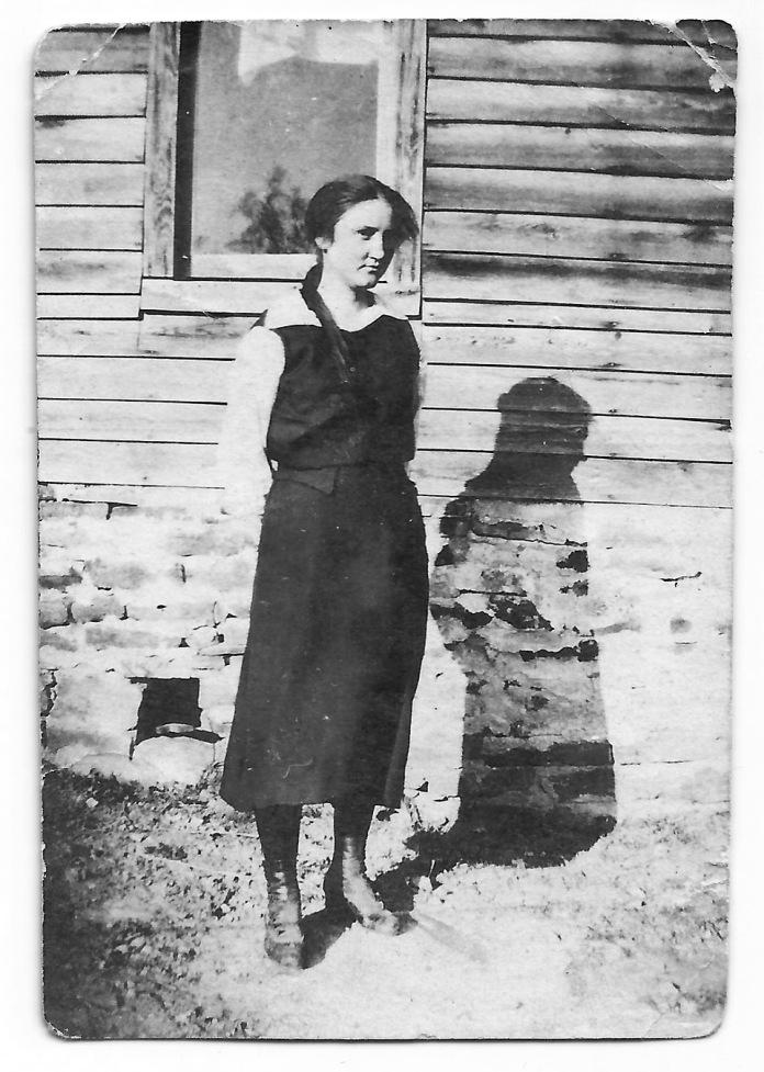 Virginia Ethel (Gibbs) Rudd, Carroll County, Arkansas (Abt. 1913)